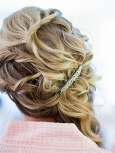 hairstyles for a bridesmaid 15 pretty bridesmaid hairstyle ideas