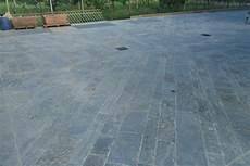 pavimento finta pietra pavimenti da esterni realizzare una in giardino con pietre