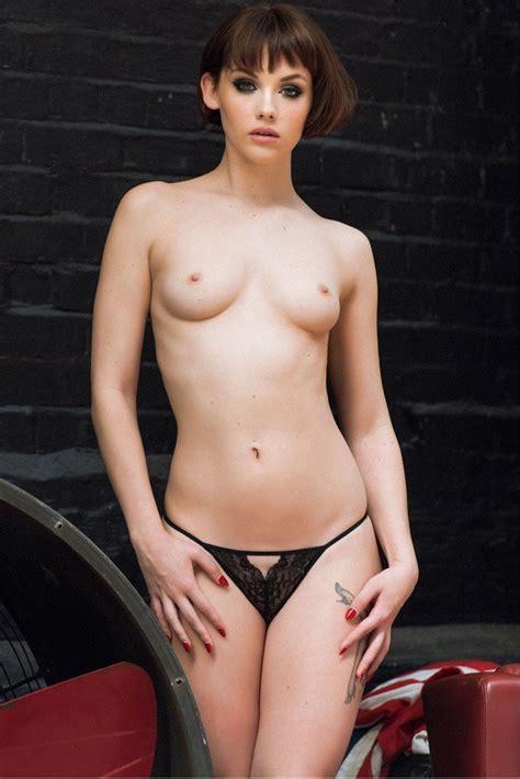 Nude Handicapped Women
