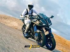 Moto 224 3 Roues Yamaha Niken Arrive Route