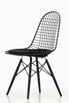 sitzkissen stuhl dkw 5 wire chair stuhl mit sitzkissen vitra einrichten