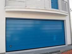porte sezionali prezzi offerta finitura liscia portoni sezionali e basculanti