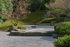 Japanischer Garten Des Mischens Des Wassers In Berlin