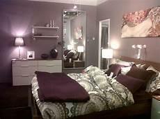 Bedroom Decorating Ideas Purple Walls by Best 25 Purple Bedrooms Ideas On Purple