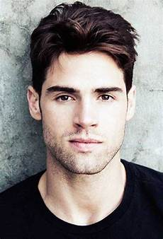 best haircuts for men with big foreheads cool hairstyles for men haircut for big forehead
