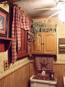 primitive country bathroom ideas prim bathroom just flip flop it with an imaginary window
