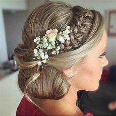 Side Hair Style Bun With Wedding Hat