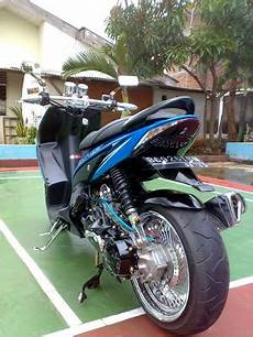 modifikasi lowrider mio sporty modifikasi honda vario simple lowrider sportbike new