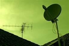 Satellitenschüssel Ausrichten Lassen - satelliten receiver anschlie 223 en und konfigurieren so