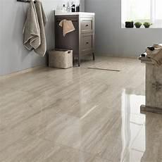 sol en marbre un sol en carrelage brillant effet marbre leroy merlin