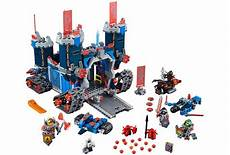 Nexo Knights Fortrex Ausmalbilder Lego Nexo Knights The Set Pictures I Brick City