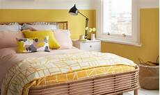 Yellow Walls Bedroom Decorating Ideas by Yellow Bedroom Ideas For Mornings And Sweet Dreams