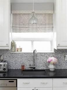 Vorhänge Für Küche - raffrollo f 252 r k 252 che eine praktische dekoration f 252 r die
