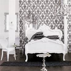 D 233 Co Baroque C 244 T 233 Maison