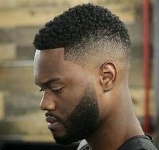 15 Coiffures Pour Cheveux Courts Coiffures Pour Homme