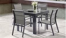 table 2 personnes salon de jardin 4 personnes gris avec plateau en verre tremp 233
