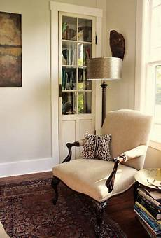 the wall color is benjamin moore ashwood oc 47 in eggshell with benjamin moore white dove trim
