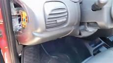 Dodge Neon 2000 2005 Fuse Box Location And Diagram