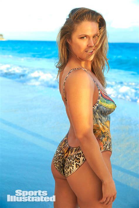 Kristin Kreuk Topless Wallpaper