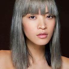 couleur cheveux gris argenté tous nos conseils pour passer au silver hair