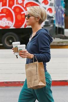 julianne hough with short hair pictures popsugar photo 3
