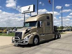 2020 volvo vnl64t860 sleeper truck kansas city mo