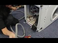 comment changer le tuyau de vidange d une machine 224 laver