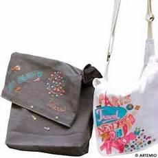 décorer un sac en tissu customiser converse sac et veste pour la rentr 233 e id 233 es