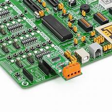 dc motor click driver board with drv8833rty h bridge motor driver and 74hc4053 multiplexer