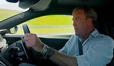the grand tour clarkson porte un chrono top gun iwc