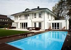 Moderne Villa Deutschland - fachausstellung der gc gruppe plant b 228 der f 252 r gewinner des