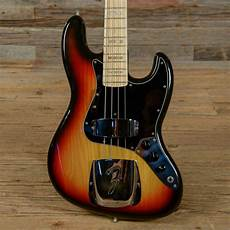 used guitars chicago fender jazz bass sunburst 1976 s916 fender jazz bass fender electric guitar bass