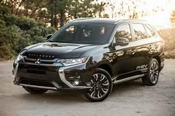 2018 Mitsubishi Outlander PHEV And Earn Top