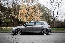 Golf R 2017 - review 2017 volkswagen golf r canadian auto review