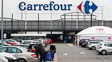 carrefour une menace r 233 sur le si 232 ge d evere le