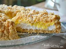 crema pasticcera con biscotti sbriciolati sbriciolata panna e crema pasticcera ricetta senza cottura torte ciambelle e cheesecake