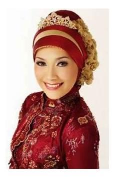 Model Jilbab Dan Kebaya Untuk Wisuda Modern Terbaru