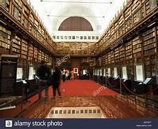 libreria ambrosiana biblioteca e pinacoteca ambrosiana italy 2019