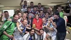 Fussball Weltmeister 2014 - wm finale 2014 zur feier des tages gab es wangenk 252 sse