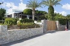 Barriere De Maison Maison De Cagne Moderne Avec La Barri 232 Re En