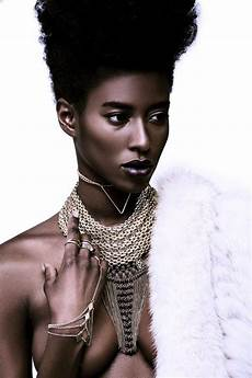 fashion model sara naomi stuns in photographer cooper penn s latest beauty editorial afropunk