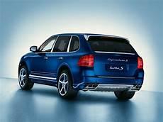 porsche cayenne turbo cars news porsche cayenne turbo s marineblau