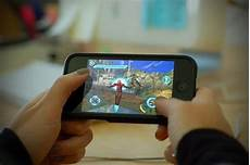 mobile phone gaming how mobile phones changed our lives