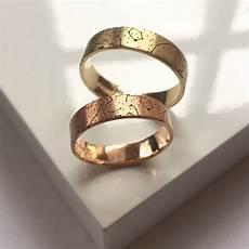 custom star map wedding rings by day goldsmith notonthehighstreet com