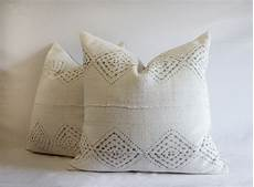homespun linen pillows in white and gray 195per item linen pillows pillows homespun
