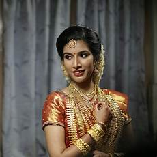 kerala bride in simple traditional kerala bride traditional bride fashion saree