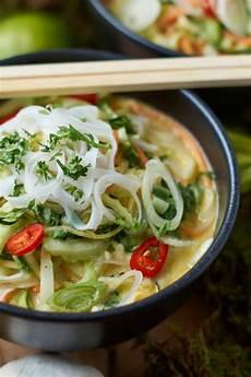 pak choi rezept thai gr 252 nes thai curry mit zucchini m 246 hren und pak choi caro