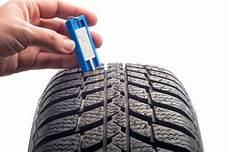 Welche Profiltiefe Haben Neureifen Reifen Ch
