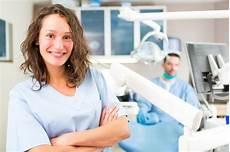assistente alla poltrona part time corso per assistente alla poltrona odontoiatrica dentista
