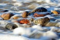 Wasser Und Steine - das wasser formt den stein foto bild landschaft meer